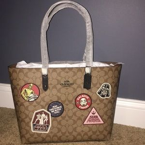 STAR WARS COACH TOWN TOTE IN SIG CANVAS W PATCHES